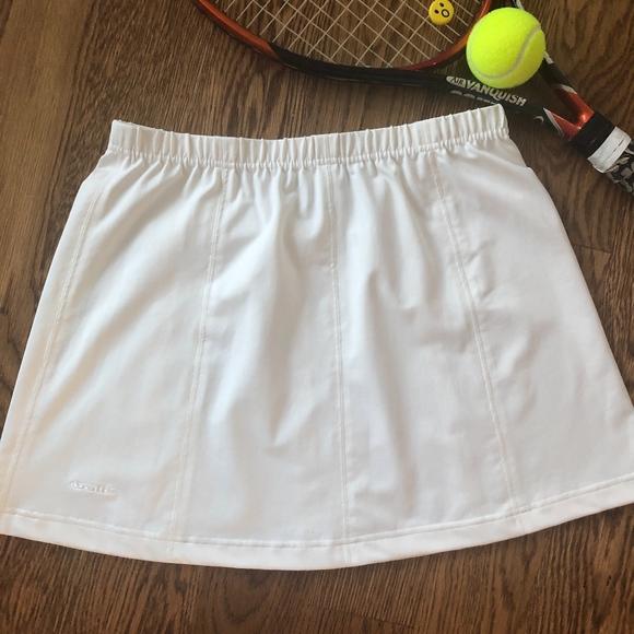 bolle Dresses & Skirts - Bolle Sport Large White Stretch Tennis Skirt